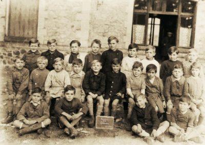 1945 Ecole garçons dans les locaux de la gare
